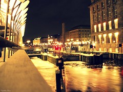 (anka.anka28) Tags: city bridge water night germany canal hamburg explore most woda noc kana