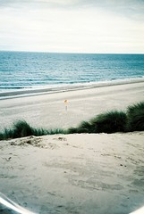 (mrtin) Tags: ireland beach xpro procesocruzado mju crossprocess guard playa olympus crossprocessing limited wexford patrol irlanda cruzado proceso curracloe mjuii martnezsiesta