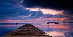 Urrutias (Popewan) Tags: sea sunrise mar murcia amanecer reflexions lamanga cartagena reflejos pantalan losurrutias popewan
