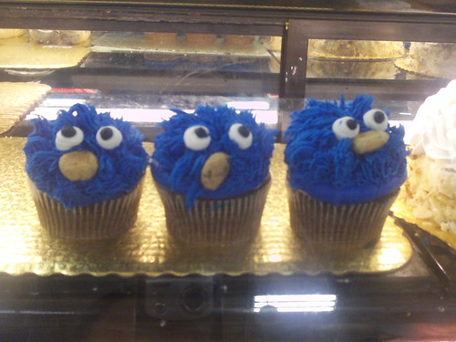 blue fuzzy cupcakes