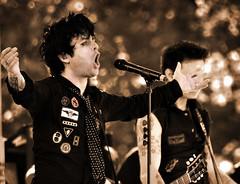 Green Day (noamgalai) Tags: nyc portrait music ny newyork rock sepia concert singing band gloria sing greenday billyjoearmstrong timeofyourlife boulevardofbrokendreams  noamgalai  aplusphoto 21guns sitemusic 21stcenturybreakdown