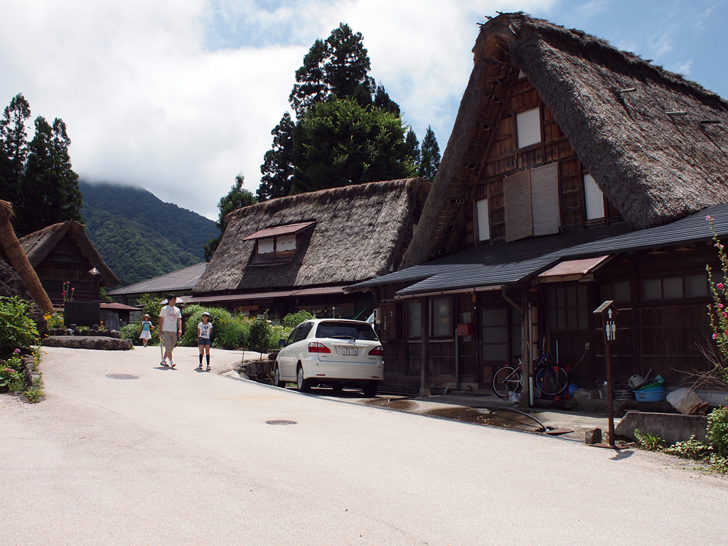 Gokayama Aikura historic village by E-P1 (3)