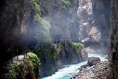 Shadows (Al Fed) Tags: mountains water fog river bavaria shadows path canyon gorge flume schatten garmischpartenkirchen mordor partnachklamm lichtblick 20090803gap