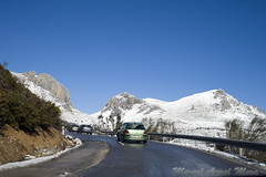 IMG_8052 (Miguel Angel Mora (GSi_PoweR)) Tags: espaa snow andaluca carretera nieve nevada sunday bosque granada costadelsol domingo maroma mlaga mountainroad meteorologa axarqua puertomontaa zafarraya sierraalmijara caosalcaiceria