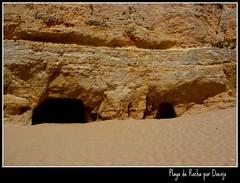 Los ojos de la tierra (Doenjo) Tags: sea beach portugal mar playa algarve portimo praiadarocha kodakeasysharez710zoom playaderocha doenjo