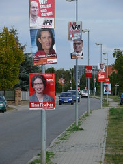 Wahlplakate in der Gartenstraße