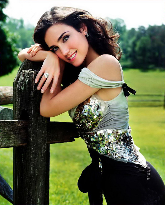 jennifer connelly beautiful