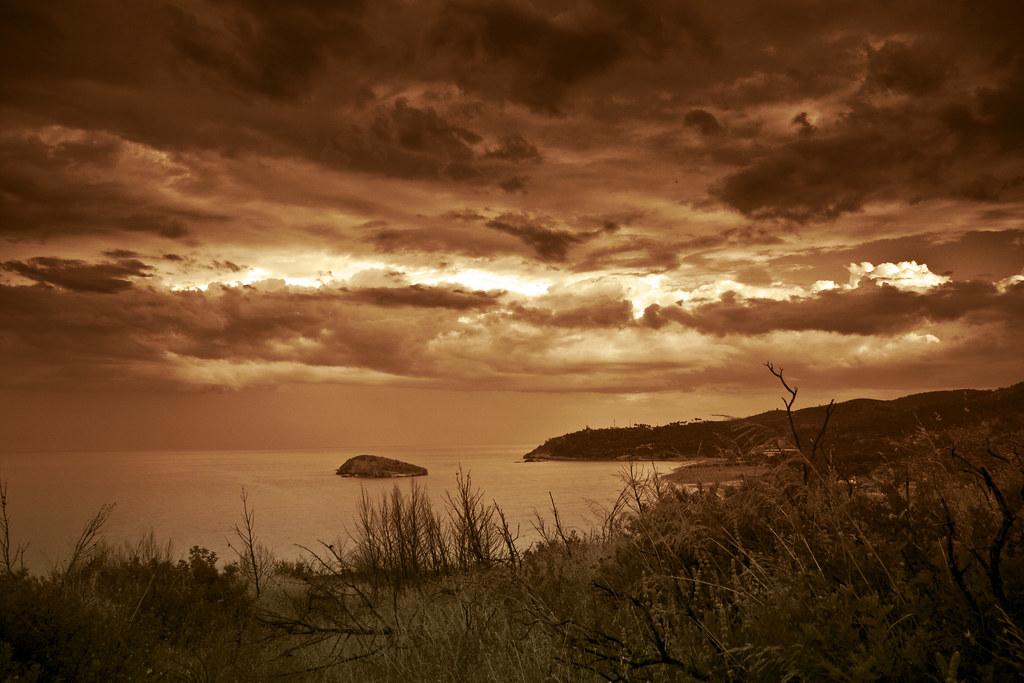 Isola di Campi (red version)