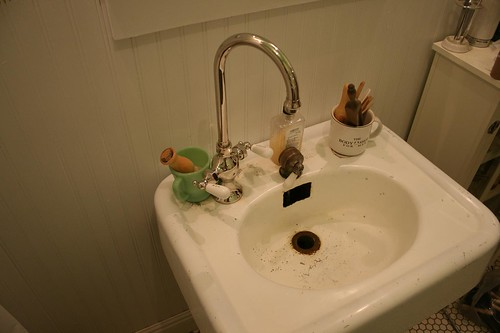 1915 Craftsman Bungalow Bathroom