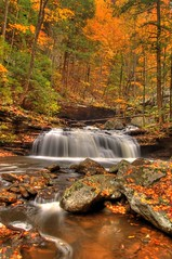 Cloudland Canyon Waterfall (the waterfallhunter) Tags: autumn water creek d50 waterfall nikon lookoutmountain hdr northgeorgia cloudlandcanyon dadecounty trentongeorgia danielcreek loriwalden