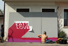 Eats Love 8 (SHORTLY STENCIL) Tags: bear street wood italy art love monster graffiti stencil montana heart stickers eats cutter mostro treviso shortly orso legno colla adesivi monatana pannelli motlo