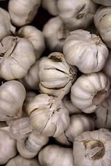 The Soul of New Orleans Cuisine (wyojones) Tags: new fruit la stand orleans louisiana neworleans vegetable uptown garlic napoleon bulbs nola np avenue crescentcity bigeasy cloves neworleansla napoleonavenue neworleanslouisiana fruitandvegetablestand