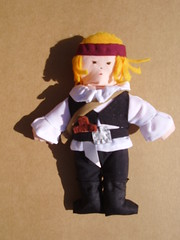 Pirata (**Taller Muy Freak**) Tags: girls boys colors children toys doll nios colores kindergarten ragdolls trapo muecos fabrics telas clothdolls
