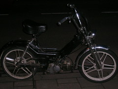 Puch Buiten (TheAnswer64) Tags: maxi puch verkoop