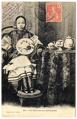 The Regal Chinese Girl (c.1904) (postaletrice) Tags: china old portrait people woman feet girl vintage studio french table asian carpet fan costume mujer asia sitting tea antique retrato postcard femme traditional small chinese young estudio vietnam antigua sit pies colonia asie postal petits seated pieds saigon binding vtements postale colony carte joven indochine hochiminh ancienne francesa chinoise indochina pequeos asiatique tradicional abanico tarjeta colonialism colonie boundfeet muchacha cochinchina cochinchine cpa franaise ventail vitnam sign vestimenta asitica atados traditionnels   chnz