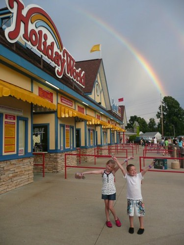 Alexis and Clayton celebrate a day at Holiday World