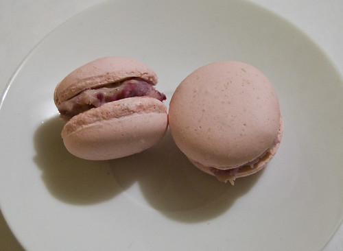 white chocolate and raspberry macarons