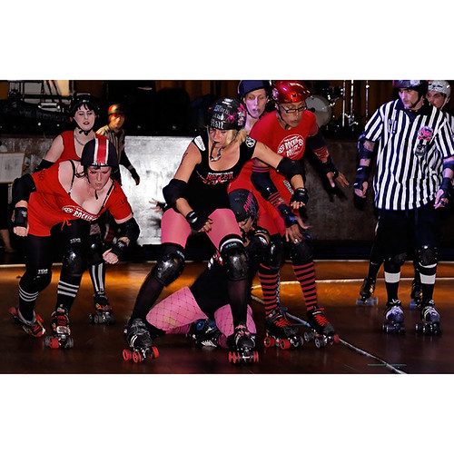 Brawls of Fire, London Rockin Rollers v Stuttgart Valley Rollergirls