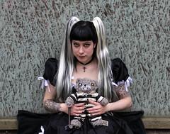 Muriel (Jan Ronald Crans) Tags: bear black girl model doll photoshoot gothic piercing tattoos zwart muriel ravenangel