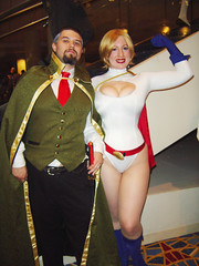 ra's al ghul & power girl (greyloch) Tags: costumes sexy comics pretty cosplay 2009 dragoncon bellechere comicbookcharacter comicbookcostume dragoncon2009