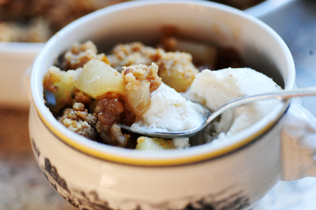 Pear-Cinnamon Crisp With Vanilla Ice Cream Recipe — Dishmaps