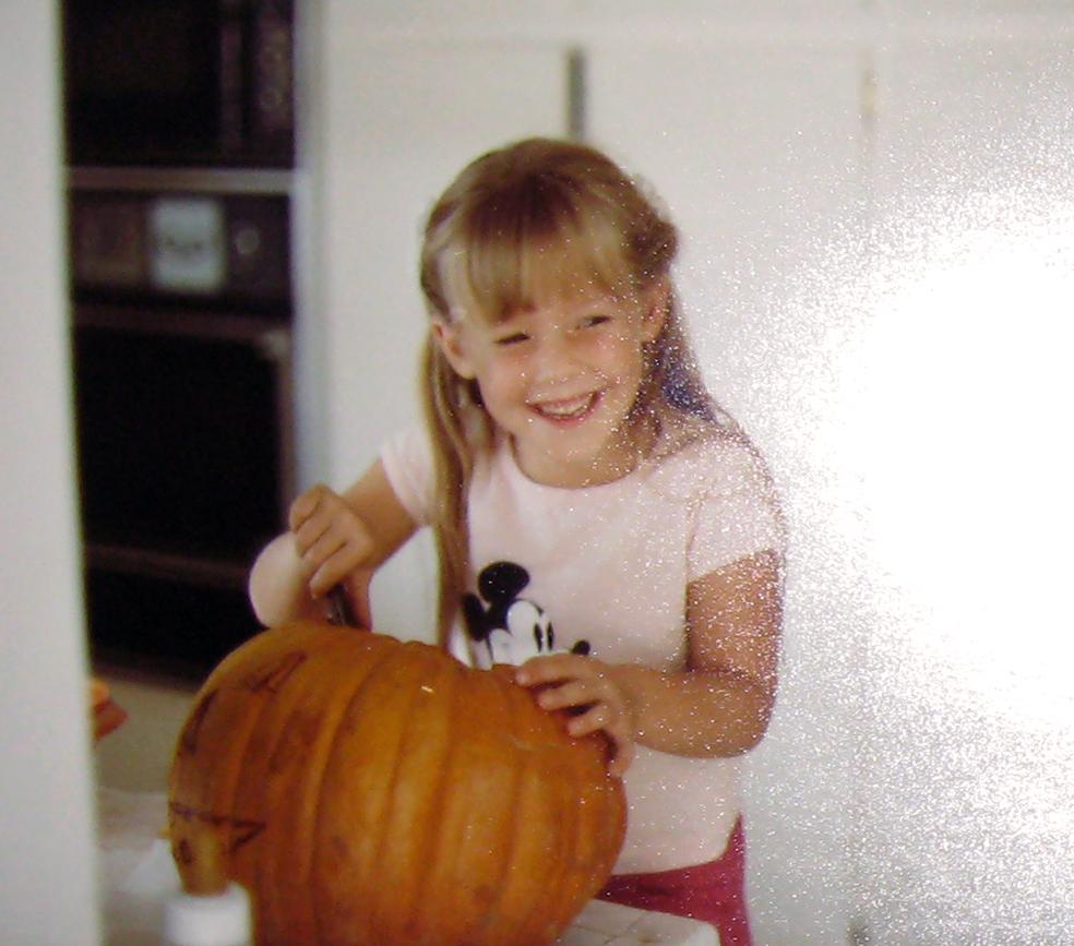 carving-pumpkin-halloween-1984-ish