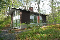 Carl Koch TechBuilt house, Turning Mill Rd, Le...