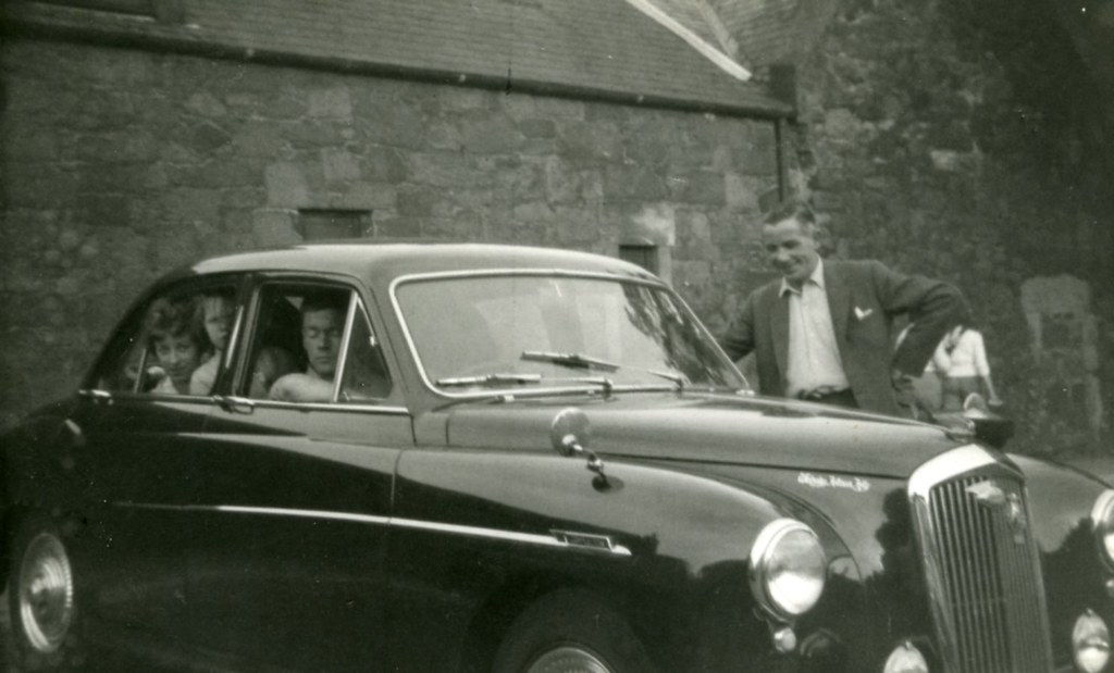 Day out In Style late, 1940s