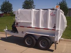 Wayne Pup Trailer (Wayne Engineering) Tags: trash garbage trailer pup refuse wayneengineering