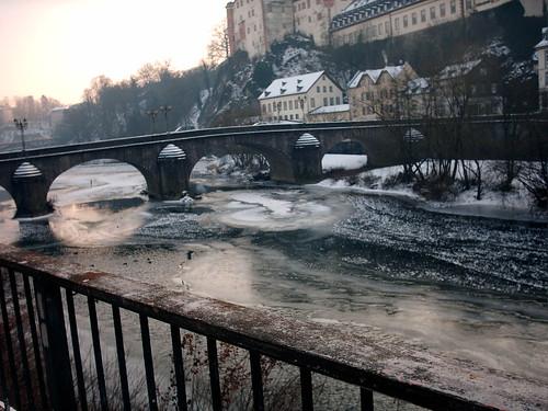 Weilburger Lahnbrücke im Winter