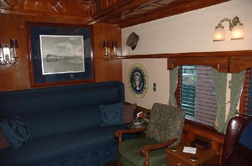 Private Rail Car Georgia 300 - lounge observation area & Presidential seal