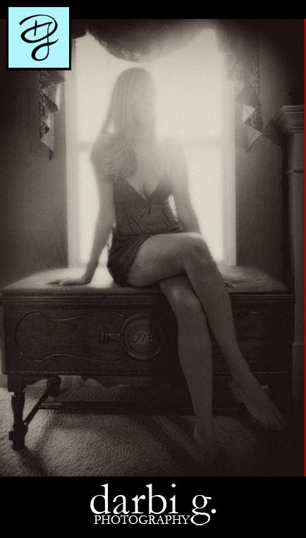 Darbi G-boudoir photographer-2