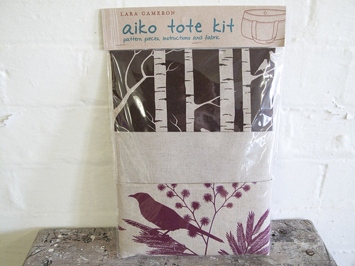 Aiko Tote Kit