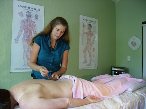 Charlotte Stuart treating a patient with by Wonderlane, on Flickr