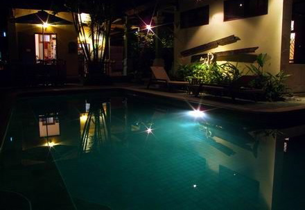 Ladybamboo Pool