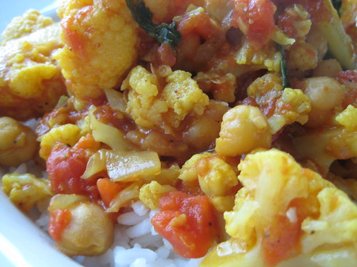 curried cauliflower and chickpea stew