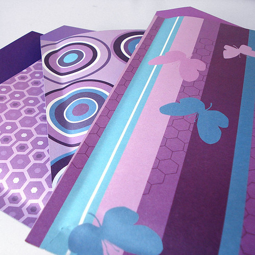 3795345516 8338c88a57 DIY: Custom Bubble Mailers