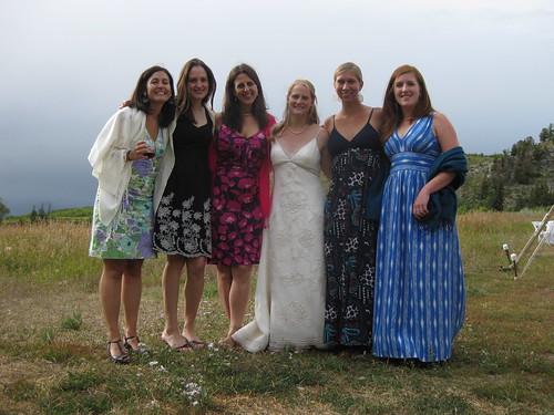 le ragazze with the bride!