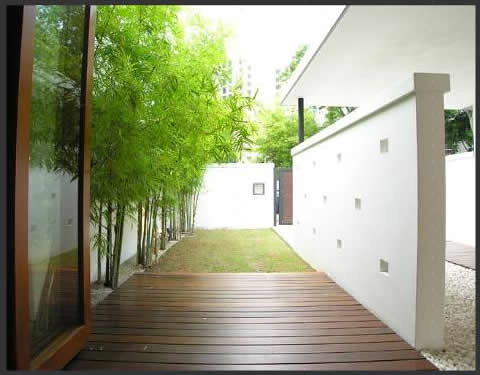 Modern Home Designs on Tropical Modern House In Jalan Tanjong  Singapore   Home Design And