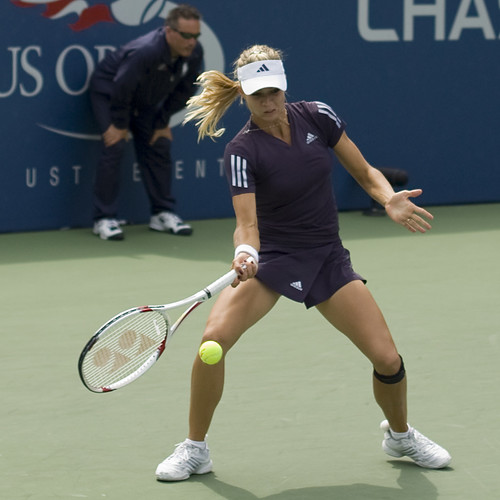 Hot female tennis players biography hot photos wallpapers videos
