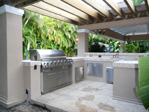 Outdoor Kitchen Pergola Built In Grill A Photo On Flickriver