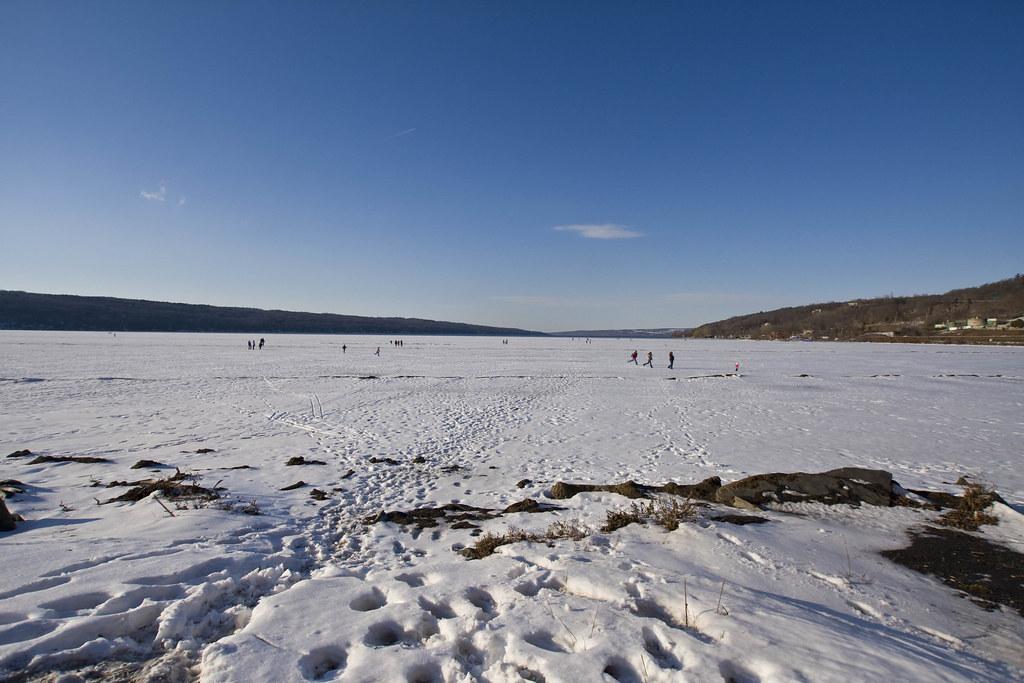 32/365 - cayuga lake