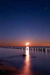 K20D0304 (Bob West) Tags: longexposure nightphotography moon ontario night lakeerie greatlakes moonlight nightshots startrails southwestontario bobwest k20d pentax1224 oldretainingwall