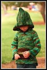 SLEUTHING HOODIE! ~for little AND big ones~ *Pattern*