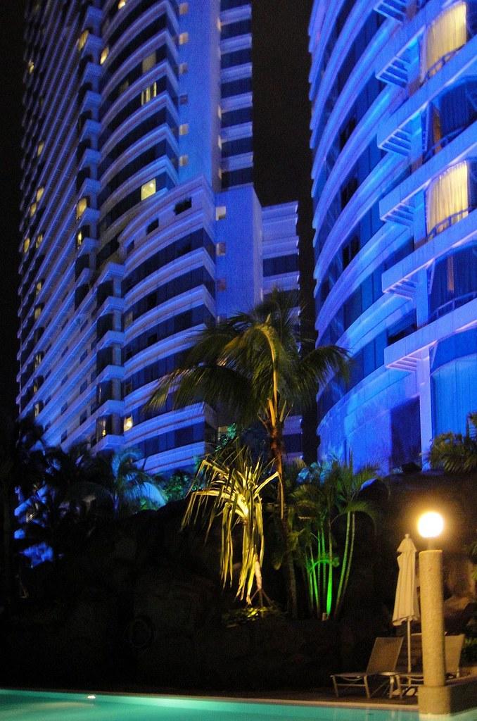 Blue-Gray Engawa. Le Méridien and The Hilton at Sentral, Kuala Lumpur, Malaysia