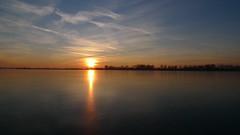 P1050122 (Remko van Dokkum) Tags: sunset zonsondergang natuur zon ijs schaatsen monnickendam schaats ondergang ondergaande natuurijs gouwzee