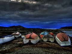 Looking West! (Johan Runegrund) Tags: winter west water rock relax boats sweden horizon land tjorn hdr blå moln tjörn horisont båtar kyrkesund smoth väster