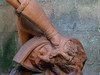 Humiliation (Wavellite) Tags: sculpture david detalle detail statue garden terracotta escultura copia goliath estatua copy renaissance donatello terracota jardín goliat belgrano renacimiento mythologicalart artemitológico biblicalmythology mitologíabiblica