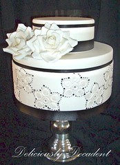 Monica (Deliciously Decadent (Taya)) Tags: wedding roses white black flower cakes cake silver cachous dregrees