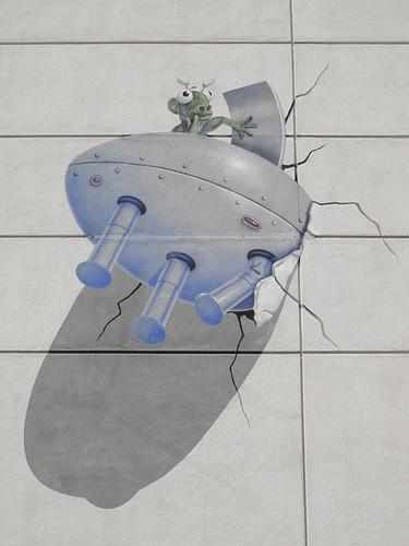 Alien Spaceship Crash Into Palo Alto